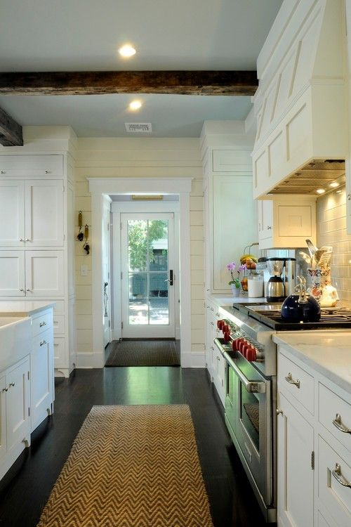 country kitchen cabinets 2967 best images about planked walls on house 2744