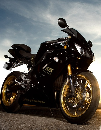 Triumph 675 Daytona...only crotch rocket I'd ever buy other than a Buell
