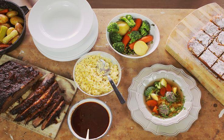 Olyan+jó,+amikor+ráérősen+el+tudunk+készíteni+egy+egész+menüsort+a+családnak.+Dóra+a+mai+adásban+brutál+recepteket+hozott+el.+Zöldségleves+gombagombócokkal,+lassan+sült+marhaszegy+mázas+zöldségekkel+és+egy+frenetikus+citromos-pisztáciás+szelet.+Minket+meggyőzött!  Lasssan+sült…