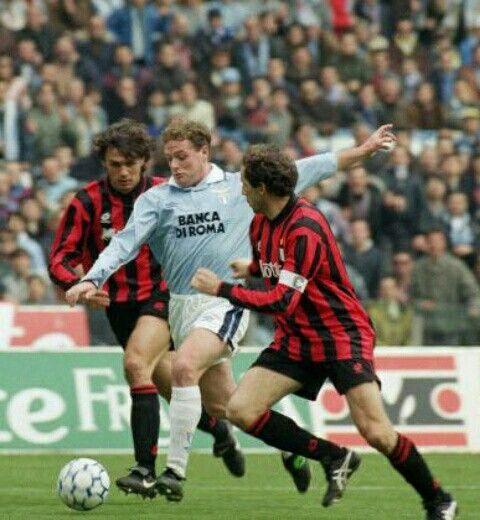 Lazio 2 AC Milan 2 in April 1993 in Rome. A goal for Paul Gascoigne makes it 1-0…