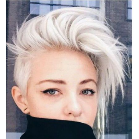 Growing out an undercut can be hard work but we have create a seven simple step plan of how to grow out an undercut, while keeping it looking stylish.