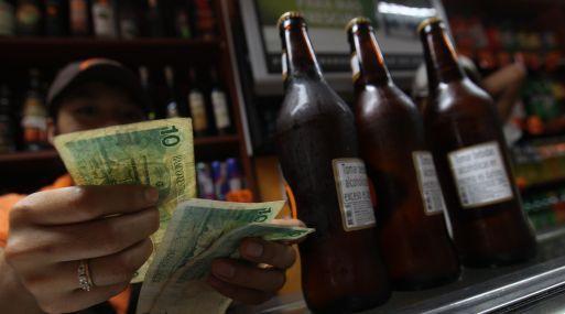 Los precios de cervezas y cigarros lideraron alza de los precios en el país. #Gestion