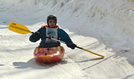 Extreme winter sports: Winter kayaking