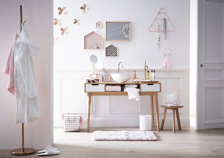 salle de bain nordique. Black Bedroom Furniture Sets. Home Design Ideas