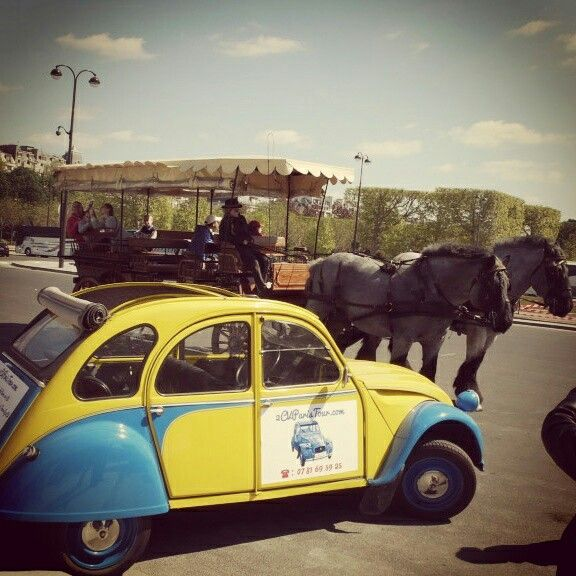 #2cv and deux #chevaux near the #Eiffel Tower! What a coincidence!