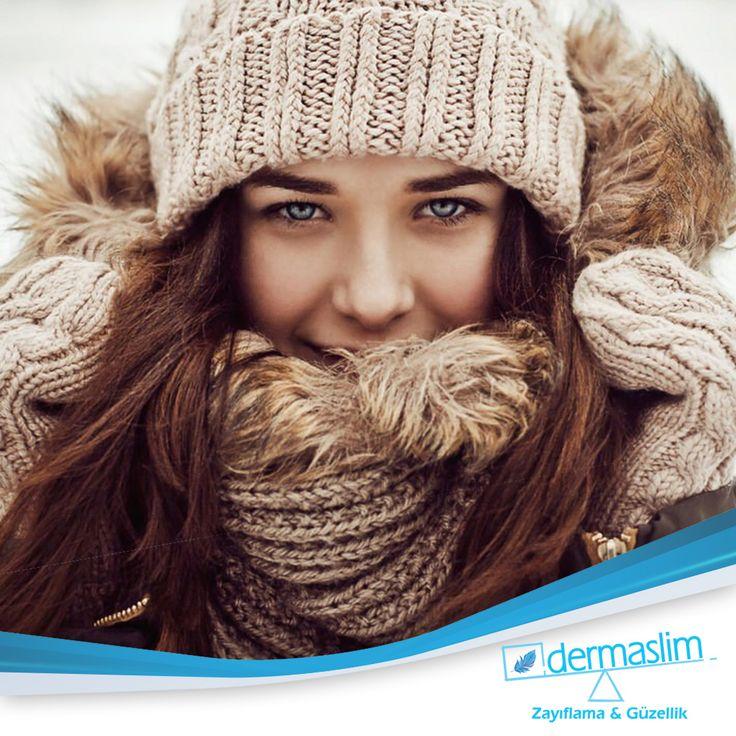 Soğuk ve fırtınalı günlerde daha yoğun nemlendirici sürerek yüzünü rüzgar yanığından koruyabilirsiniz!