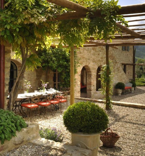 Las 25 mejores ideas sobre casas de estilo toscano en for Ver jardines decorados