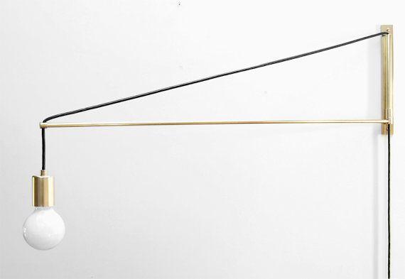 Le bougeoir moderne en laiton Swing Arm - deux trois ou quatre pieds bras oscillant Light - potence bougeoir