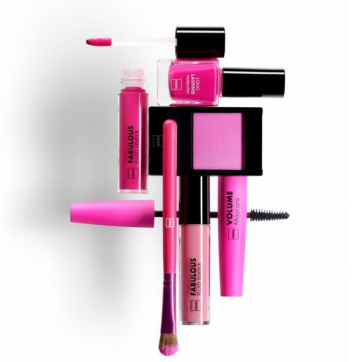 Stijlvol roze, van zacht zoet tot knallend en brutaal. Bij HEMA beauty vind je het allemaal. Probeer vooral ook onze nieuwe Fabulous Fluid Lipstick, een vloeibare lipstick die een fluweelzacht gevoel op de lippen geeft. Verkrijgbaar in 12 kleuren, van nude tot krachtige koraal.