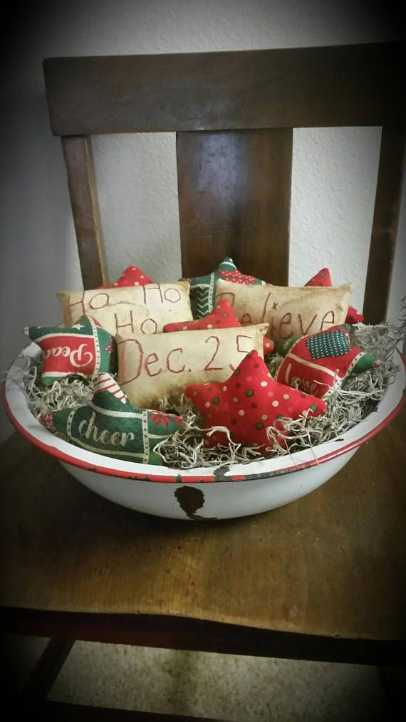 primitive Christmas bowl fillers Christmas tucks red green
