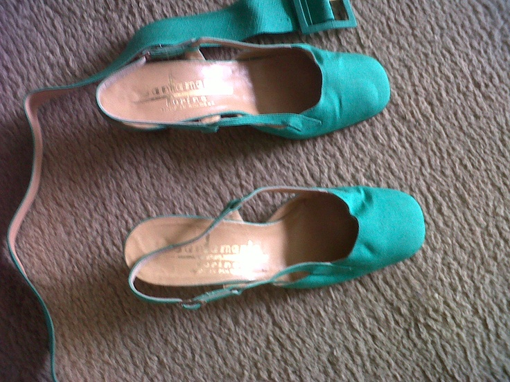 Emerald green taffeta sandals with taffeta and lather belt ( see the coordinate blouse and long skirt)