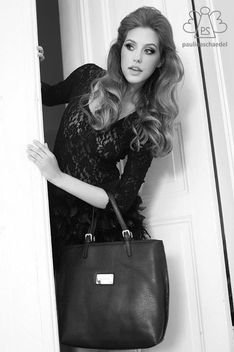 Paulina Schaedel handbag