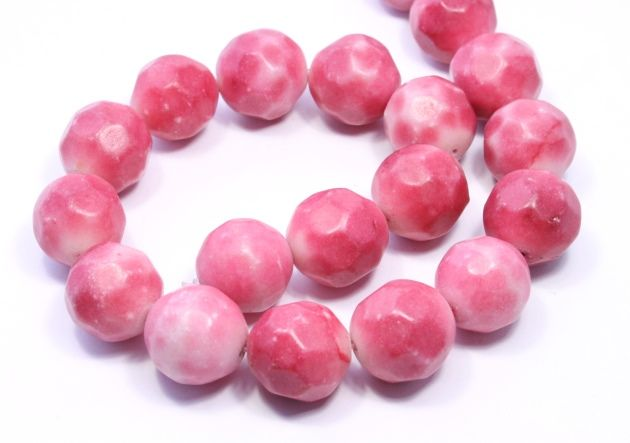 Faceted pink stone beads #beads #beading #pink #bigskiesjewellery