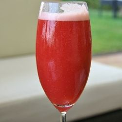 Red Cocktail Recipes - Romantic Evening Cocktail. Organize the perfect Valentine's day for her.
