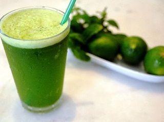Poderoso suco emagrecedor: limão com pepino - Ideal Receitas