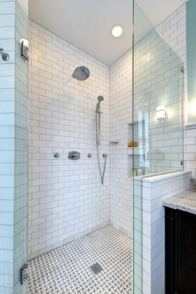 Modern small bathroom design ideas 10 handpicked ideas for Small art deco bathroom ideas
