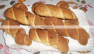 A-Mici in cucina: Treccine ai mirtilli rossi al profumo di arancia