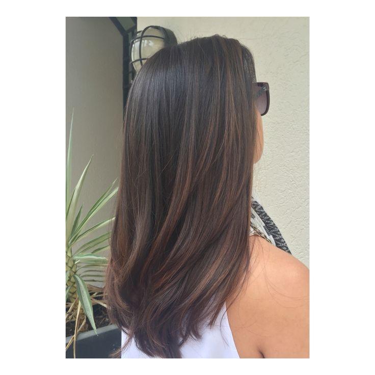 Natural bronzed brunette by Mia Doak