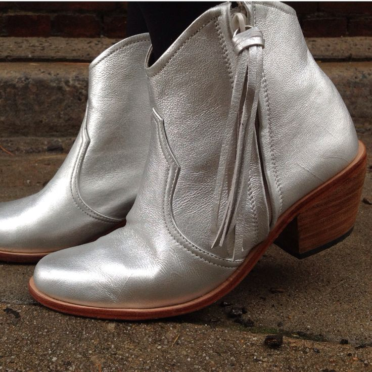 Silver leather boots only at jfahri.