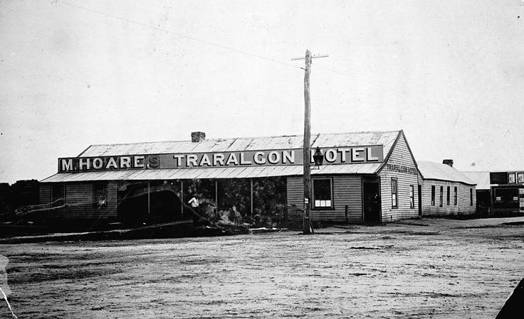 Traralgon Hotel 1905: Licencee Mary Hoare, originally the Traveller's Rest Hotel