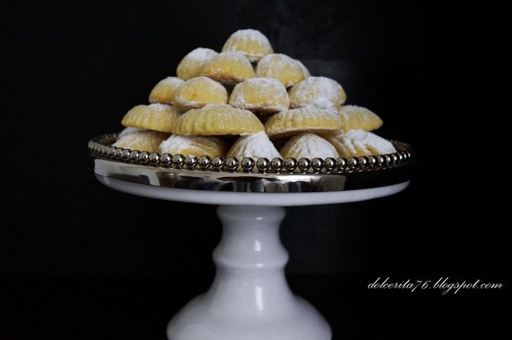 Middle eastern semolina cookies! Dolce Rita: Maamoul: Easter semolina cookies