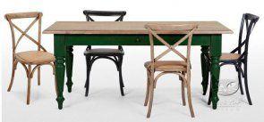 Stylizowany stół z dębowym blatem