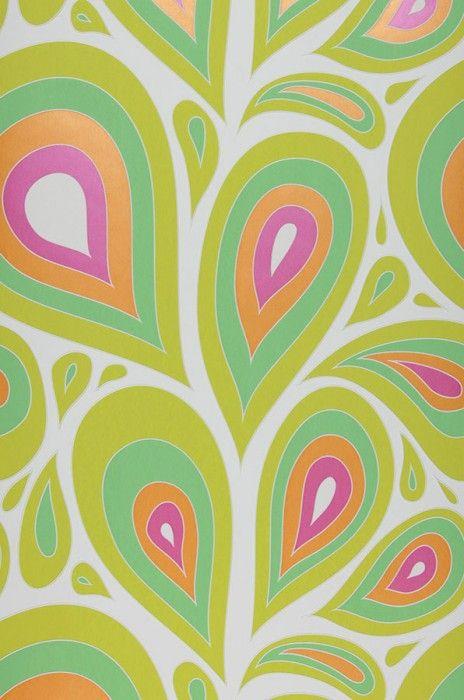 €30,90 Prezzo per rotolo (per m2 €5,80), I love the 70s , Tessuto base: Carta da parati TNT, Superficie: Rilievi percepibili al tatto, Effetto: Opaco, Design: Elementi retro, Foglie stilizzate, Colore di base: Bianco, Colore del disegno: Viola erica scintillante, Verde giallastro chiaro, Verde chiaro, Arancione brillante, Caratteristiche: Buona resistenza alla luce, Extra lavabile, Bassa infiammabilità, Rimovibile, Stendere colla sul muro