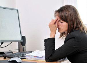 ¿Sufres estrés visual? Síntomas y remedios