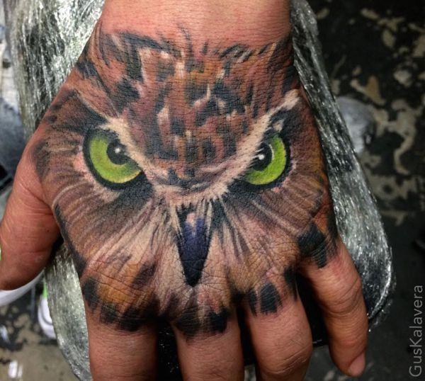 Bevor ich in meinem heutigen Artikel mit den Bedeutungen der Eulen Tattoos anfange möchte ich dass sie ein wenig die Eulen selbst kennenlernen. Was ist eine Eule ? Der Kopf...Mehr