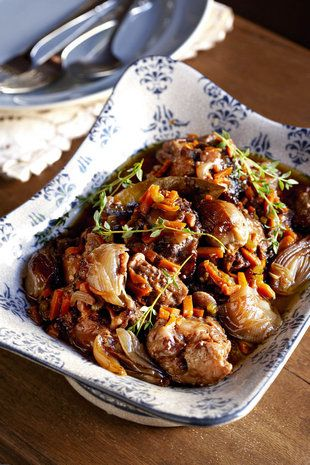 Comfort food in winter, sticky and savoury  Sarie tydskrif: Oxtail recipe