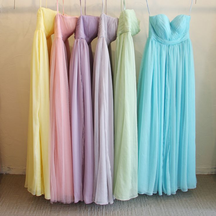 パステル・ブライズメイド。エアリーな質感が女性らしい、クレープシフォンの5wayドレス。 #Bridesmaid #Dress #Wedding #Pastel