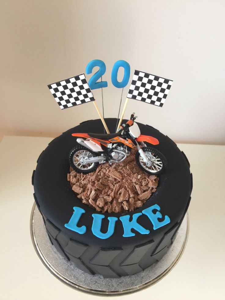 Birthday Cake Ideas Motorcycle : 25+ Best Ideas about Motorbike Cake on Pinterest ...