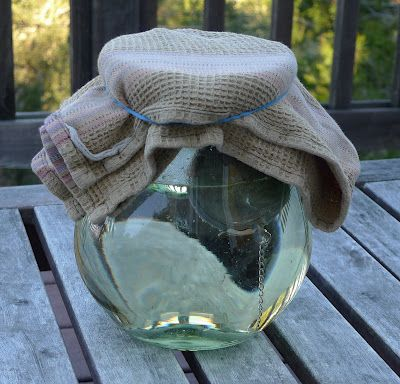 The Dragonfly Mother: Tasty Tea # 1: Moon Tea - would be a good way to acknowledge the sacred feminine on Ostara.