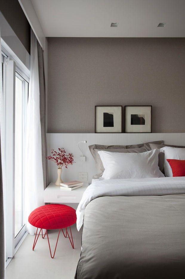 Tons neutros definem lar contemporâneo: pitadas de cor trazem estilo ao apartamento