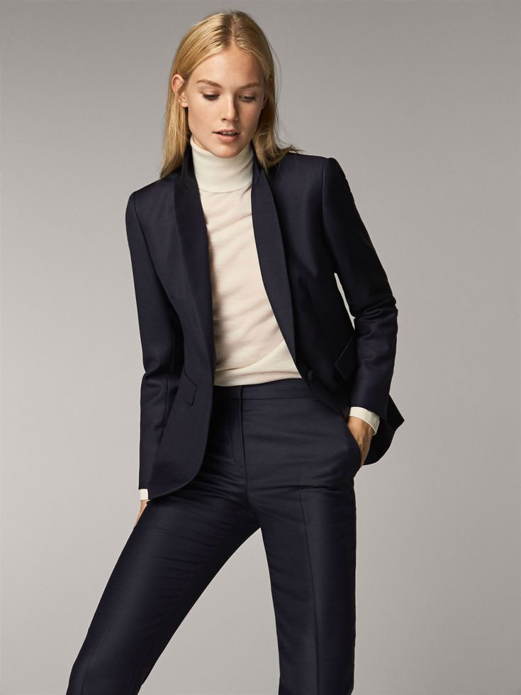 Spring Summer 2017 Women´s SLIM FIT NAVY BLUE TEXTURED WOOL TROUSERS at Massimo Dutti for 9990. Effortless elegance!