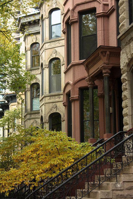 Fotografía de Chicago, Chicago apartamentos en el otoño, Walkup, brownstone…