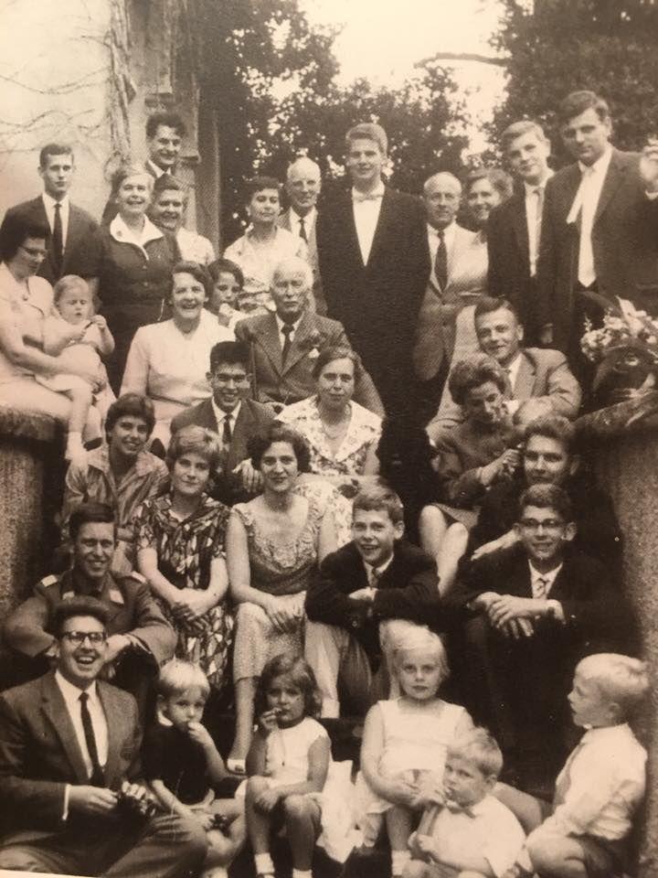 Carl Jung 85th birthday, 1960, with children, grandchildren and great grandchildren. He died 11 months later.
