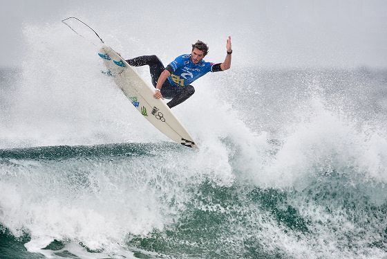 Frederico Morais: a new surfing star is born in Portugal Beats Kelly Slater in Rd. 2 October 13,2013