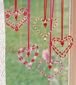 Valentine Window Hearts - kids' crafts - using chenille stems, beads, drops and ribbon could make them without a kit