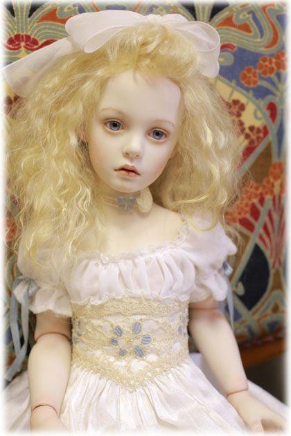 Beautiful doll 丸 美鈴