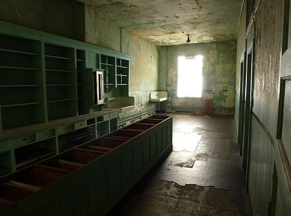 One of the rooms inside the hospital ward at Alcatraz prison. Want this picture printed on canvas or cards etc? Click on the image :)