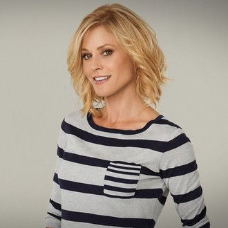 only curl top layer -- Julie Bowen as Claire | Modern Family