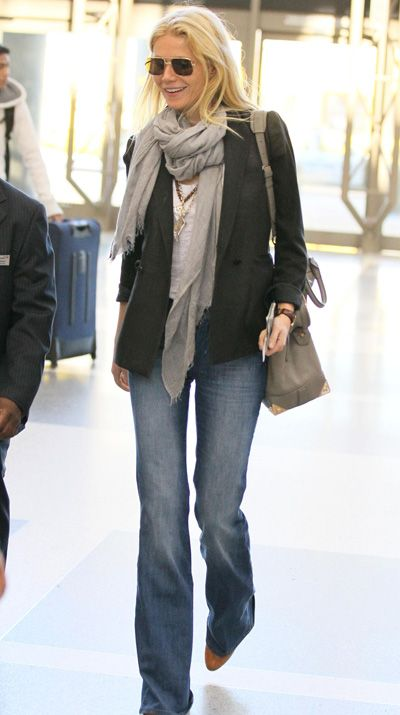 Celeb mom airport style: Gwyneth Paltrow, Jessica Alba, Kate Hudson show us how to look stylish (yet feel comfortable!) when traveling