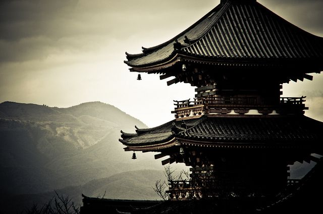 Kiyomizu-dera (清水寺) in Kyoto. I went there before in the evening, with the smart positioning of lights it was even more impressive.