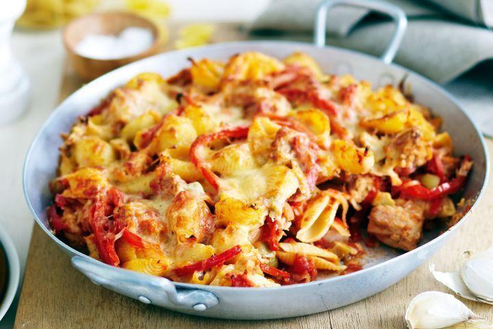 Spanish tuna pasta bake