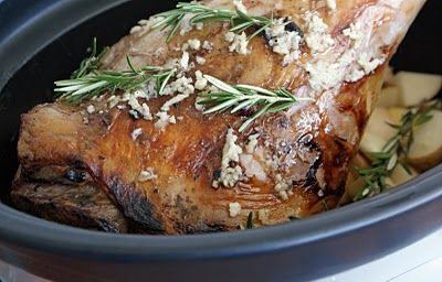 Leg+of+Lamb+in+Slow+Cooker Leg of Lamb in the Slow Cooker with Garlic and Rosemary