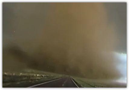 Insane+360+Video+of+Close-Range+Tornado+Near+Wray,+CO