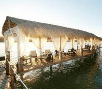 Hotel Amoaras Resort Paulista, PE -------------------------------------------- 2 diárias para 2 pessoas em Resort no pontal de Maria Farinha + Gratuidade para Criança De: 605 reais Por: 295 reais em até 4x sem juros