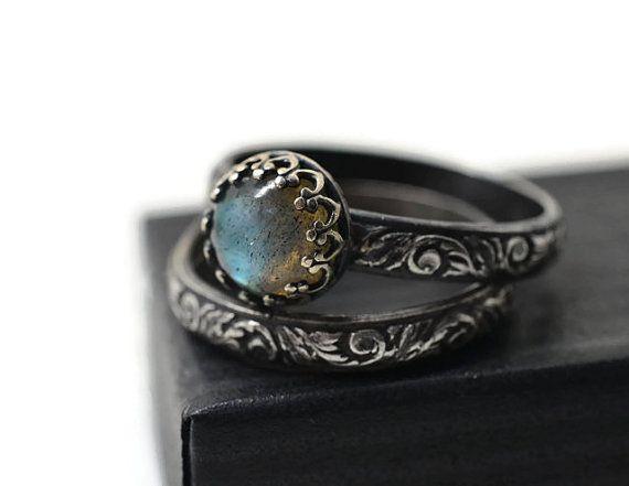 Labradorite Ring, Wedding Set, Renaissance Style Engagement Ring, Set of Two, Natural Gemstone Ring, Oxidized Silver Labradorite Jewelry