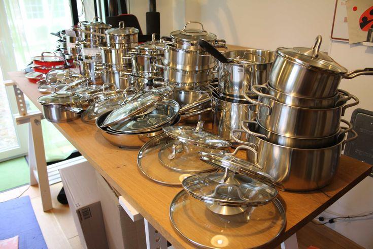 Das beste Kochtopf-Set - AllesBeste.de Gute Kochtöpfe müssen nicht teuer sein –das hat unser Test von 8 Kochtopf-Sets mit Preisen zwischen 100 und 450 Euro gezeigt. Bei der Wärmeverteilung war einer der günstigsten sogar der Beste! Unsere Empfehlung ist trotzdem ein Set der mittleren Preisklasse. Warum, lest ihr im Test! https://www.allesbeste.de/test/das-beste-kochtopf-set/ #AllesBeste #Test #Beka #Ceran #FisslerIntensa #Gas #Induktion #Kochtopf #Kochtopfset #Schu